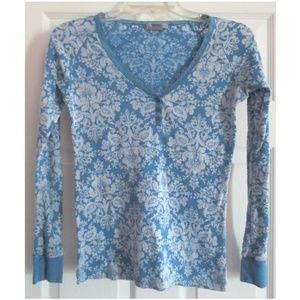 dELiA's Pretty Blue Floral Long Sleeve Top